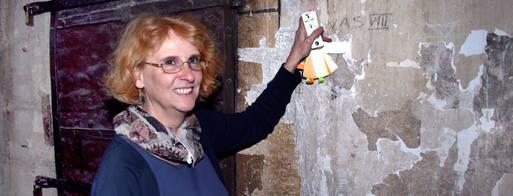 Birgit Busch in der Oberkirche Arnstadt. Foto: Marco Schmidt